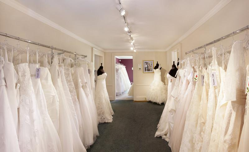 Fantastic Finds Bridal Salon Photo