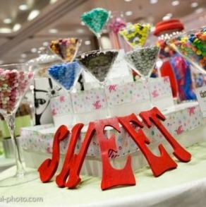Favors & Gifts Sweet Treats Buffets